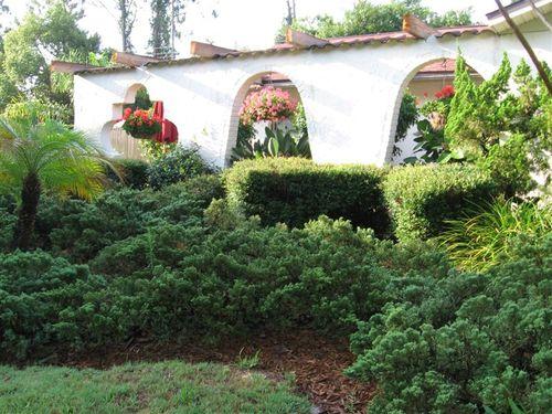 Garden Front Wall
